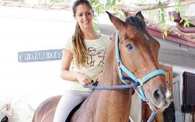 """Marina González, amazona: """"Ver a mi caballo me libera de todo lo malo; es una forma de vida que no sabría ni querría cambiar"""""""